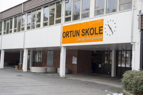 Ortun skoles ansatte forbereder seg til skolestart, når den datoen blir klar.