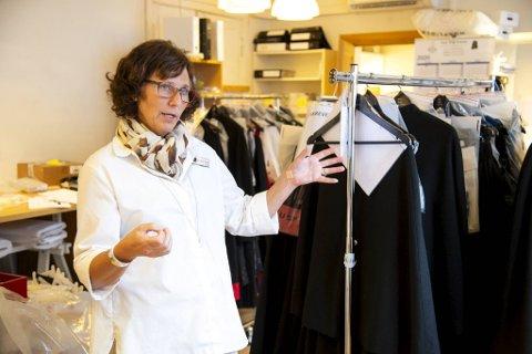 Irene Tørhaug, daglig leder ved Husfliden, har de siste ukene sett røde tall. Nå ser hun at det stadig går rette veien.