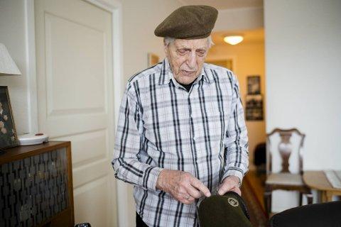 Som soldat i Bjørn West-styrkene fikk Ivar Kristoffersen blant annet denne luen og annet utstyr fra de allierte britiske styrkene.
