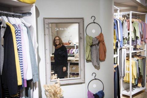 Nøstebarn-sjefen Jannecke Riisøen er glad for at nettbutikken og butikkutsalget i Bergen består. Samtidig synes hun det er trist å måtte ta farvel med gode kolleger.