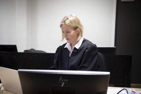 Statsadvokat Benedicte Hordnes aktorerer saken mot de to tiltalte i Bergen tingrett.