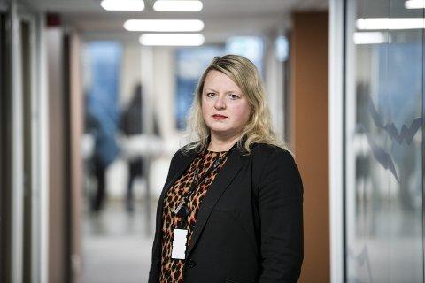 Tilsynet har avdekket gjennomgående svikt i tjenestens kjerneoppgaver, i alle ledd i organisasjonen. Etatsdirektør Alette Hilton Knudsen sier at tilsynsrapporten er svært alvorlig.