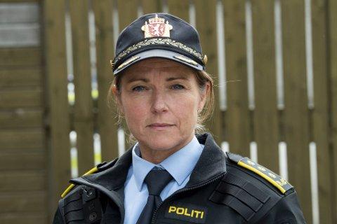 Politistasjonssjef ved Bergen nord politistasjon, Merethe Toppe, sier de tar bekymringene for ungdomsproblemene i Åsane på alvor.
