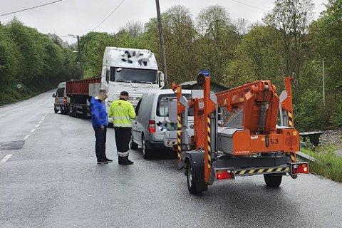 Veivesenets kontrollører anmeldte denne sjåføreren for å kjøre med for tung last.