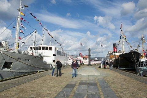Kystkultursenteret og Bergen kommune vil gjøre Bergen om til nasjonal veteranskiphavn.