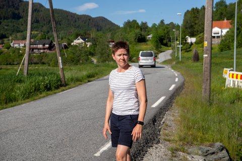 Solveig Sjøbø forteller at de bare venter på at det skal skje en dødsulykke.