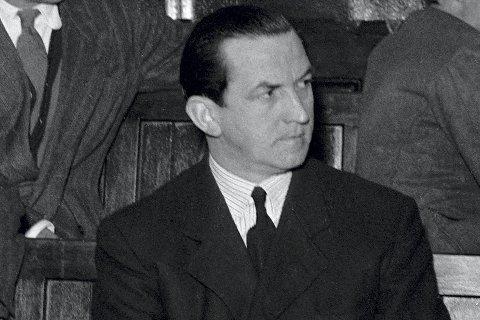 Kriminalsekretær Josef Seufert i Gestapo fikk omgjort dødsstraff til livsvarig fengsel etter krigen. Han var involvert i grove krigsforbrutelser, deltok i Telavåg-aksjonen  hvor han fikk krigskorset av Josef Terboven (innfelt), og han medvirket også i Gestapos gegenterror-drap på 3-4  gode nordmenn sommeren 1944.