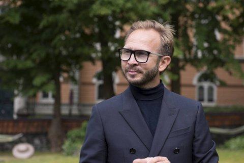 Yngve Hansen skal fungere som De Bergenske sin ekspert på skjulte perler. Han løfter frem hagen til Grand Hotel Terminus som lett tilgjengelig for folk som besøker Bergen.