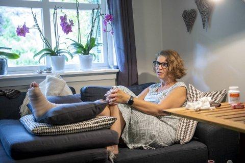 Hanne Marie Lilleheie (59) måtte vente åtte dager på operasjon.