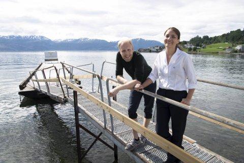Christer Økland og Ragnhild Børven sa opp sine jobber i Bergen, solgte huset og flyttet til Øystese for å være med på gjenåpningen av Hardangerfjord Hotel.