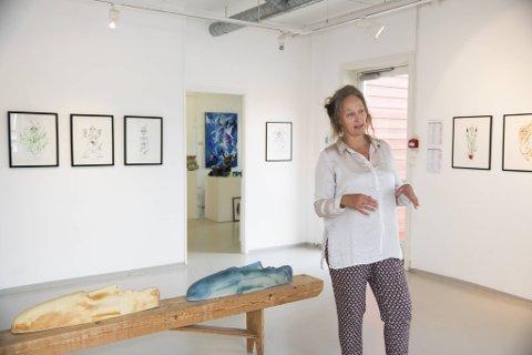 Vibeke Harild er klar for nye 20 år i galleriet på Vedholmen.