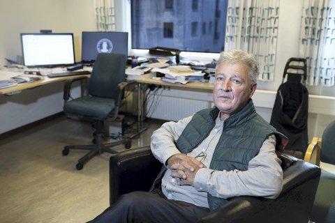 Psykologiprofessor Svein Larsen sier at han har fått stor støtte fra kollegaer og andre etter at historien hans ble kjent..