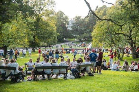 Full fest i Nygårdsparken mandag kveld.