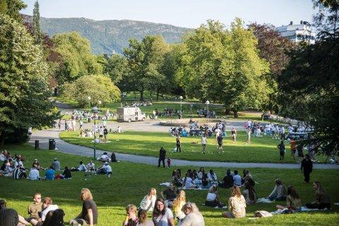 Også tirsdag kveld var det studentfest i Nygårdsparken.