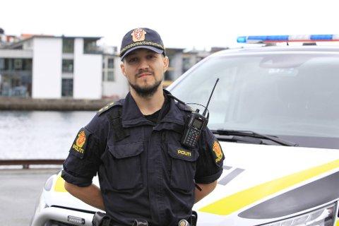 Politibetjent Sindre Hallem ved Bjørnafjorden lensmannskontor mener snillhet i trafikken kan skape farlige situasjoner.