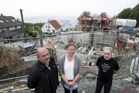 Bengt Florvåg, Line Gulbrandsen og Jan H. Landro mener Bybo mer eller mindre har fått carte blanche av kommunen i Skansemyrsveien.