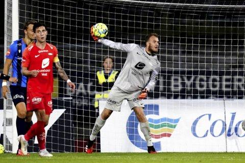 Markus Olsen Pettersen (21), som ikke har spilt en førslagskamp siden november 2018, ble kastet innpå i mandagens bortekamp mot Stabæk.