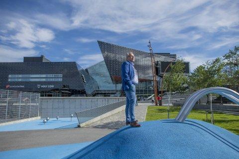 Tom Georg Indrevik er stolt over den utviklingen Øygarden kommune har hatt de siste årene. Han er klar på at det skal fortsette.