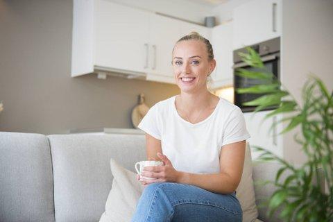 NHH-student Fride Remøy Pettersen er en av stadig flere unge som velger å kjøpe bolig med foreldrenes hjelp. Men du bør tenke langsiktig, for en av tre bergensere selger bolig med tap.