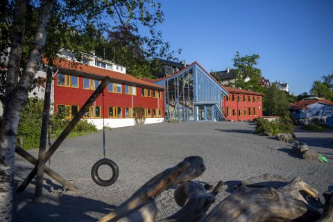 Rudolf Steinerskolen på Paradis er en av fire privatskoler som Udir nå skal granske, knyttet til covid-19.