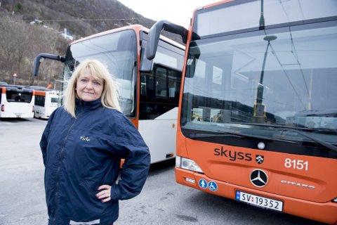 Hovedtillitsvalgt Trude Christin Valle i Tide Buss mobiliserer til streik.
