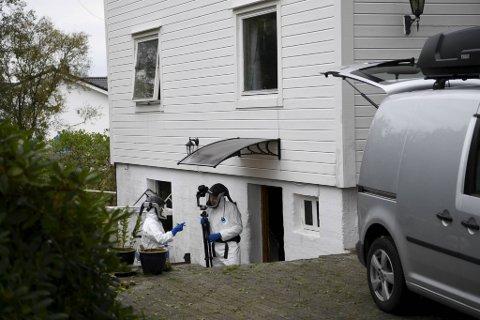 Krimteknisk ved boligen på Askøy på tirsdag.