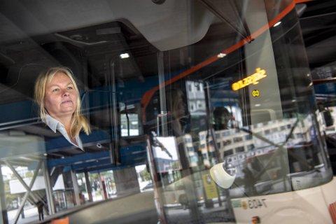 Bussjåfør Maylinn Halkidis (57) sier til BA at hun og hennes kolleger er klare for å gå ut i streik lørdag.