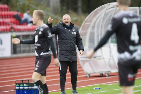 Mons Ivar Mjelde venter fortsatt på sitt første poeng som Øygarden-trener.