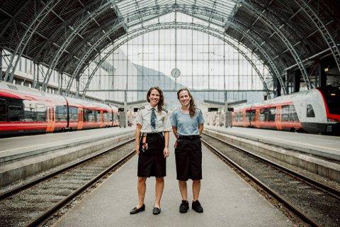 Tvillingsøstrene Halldis og Gudrun Folkedal (36) elsker jobben sin som lokførere på Bergensbanen, men sier klart fra hva som burde vært bedre i bransjen i 2020.