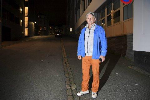 Ladislav Vasso fikk en kjip overraskelse da han kom hjem fra ferie og skulle hente bilen sin som sto parkert her.
