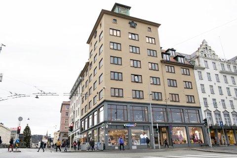 Bjerck Restaurant og Bar åpner igjen tirsdag etter å ha vært stengt siden 21. desember.