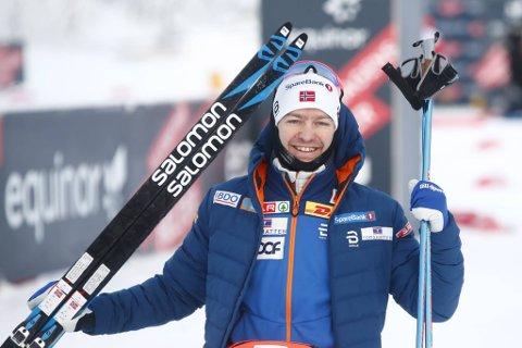 Sjur Røthe kunne juble for seier på 15 kilometer fri teknikk under norgescupen på Lygna lørdag.