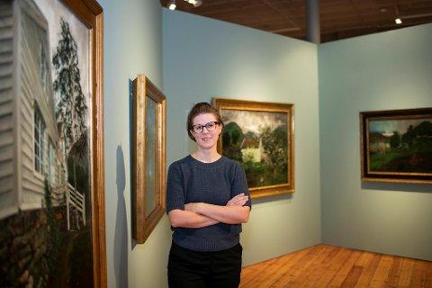 Tove Kårstad Haugsbø, førstekonservator ved Astrupsenteret til Kode, gleder seg til åpningen av «Rå natur». – Folk vil se kunstverk de aldri før har sett, sier hun.