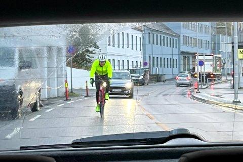 – Der det finnes sykkelvei eller sykkelfelt, bør det være påbudt bruk.