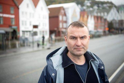 SVs Mikkel Grüner appellerer til Rødt i bybanesaken.
