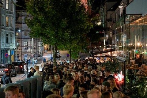 Det har vært et yrende liv i sentrum de siste helgene etter gjenåpningen av Bergen.