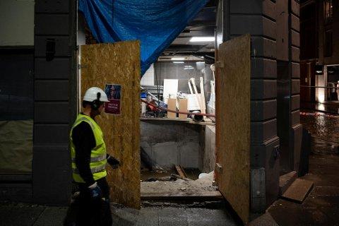 Bygården i Vestre Torggaten 16 har hatt omfattende utgravingsarbeid i kjelleren. Nå må bygningen sikres innen én uke