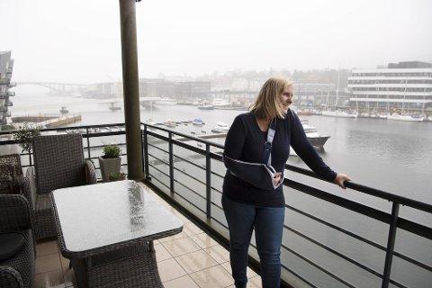 Legevaktsjef Dagrun Linchausen ser frem mot sommeren, og håper at vaksineprogrammet fungerer som det skal fremover.