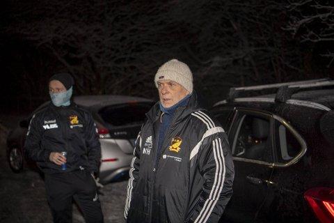 Flaktveit-trener Norvald Hovland og resten av breddeidretten må vente med trene normalt igjen, mener Helsedirektoratet.