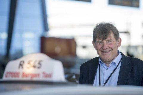 Sjef i Bergen Taxi, Jan Valeur, forteller BA om deres nye tilbud.