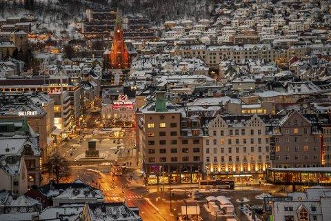 Mandag åpner Bergen opp igjen etter to uker med strenge restriksjoner.