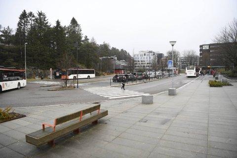 Mannen ble pågrepet her ved bussterminalen på Oasen i Fyllingsdalen.