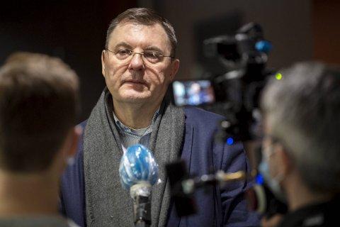 Smittevernoverlege i Bergen, Frank van Betten, sier at situasjonen er uoversiktlig.
