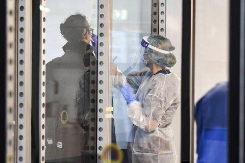 Den sørafrikanske virusvarianten er funnet hos en koronasmittet i Bergen.