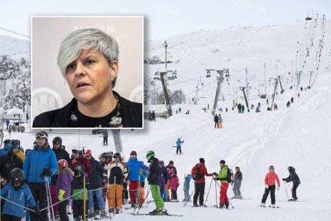 Dagskort er utsolgt i Myrkdalen, Voss og Furedalen denne helgen. Det er begrenset kapasitet på grunn av korona, men helsebyråd Beate Husa (KrF) sier til BA at hun er bekymret for at mange reiser til kommuner med mye smitte nå.