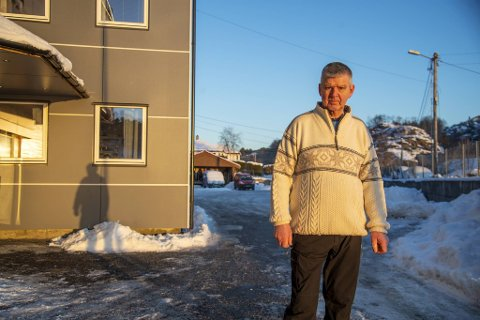 Kaare Lokøy har arbeidsplassen sin ikke langt fra boligen. Men veien til jobb blir likevel nesten fem kilometer lang.