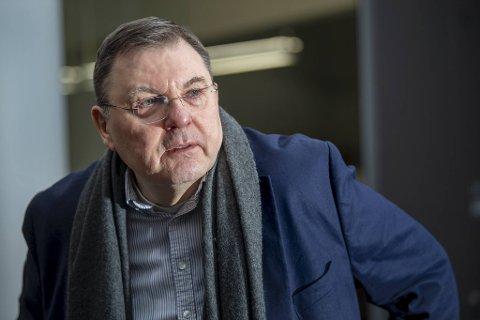 Smittevernoverlege i Bergen kommune, Frank van Betten, tror en må endre vaksinen i tråd med mutasjonen som kommer i fremtiden.
