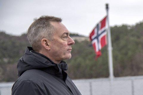 Forsvarsminister Frank Bakke-Jensen (H) opplyser at salget av Bergen Engines til russiske eiere ikke ble vurdert etter sikkerhetsloven.