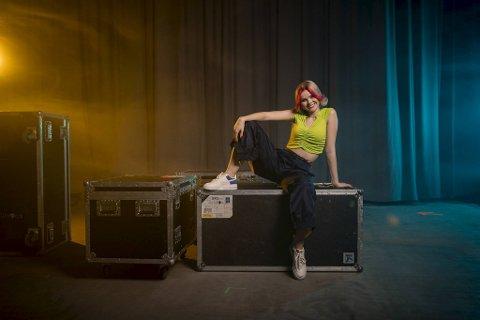 """Hedda Mae er en av de tre bergensbaserte artistene vi får se i """"De Neste"""" på NRK."""