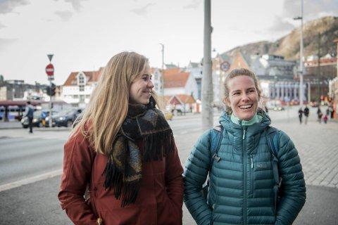 Marit Haugland (31, f.v.) og Libe Aranguren (29) er veldig klare for å se slutten på pandemien. – Vi gleder oss til å klemme og se familiene våre mer.